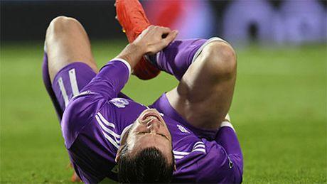 Gareth Bale 'lo hen' voi tran Sieu kinh dien - Anh 1