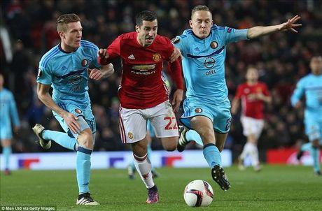 Man United 4-0 Feyenoord: Dai tiec co Rooney, Mata va Mkhitaryan - Anh 2