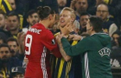 No sung lien tuc, M.U ha dep Feyenoord tai Old Trafford - Anh 5
