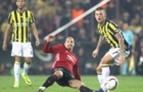 No sung lien tuc, M.U ha dep Feyenoord tai Old Trafford - Anh 6