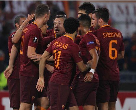 AS Roma dai thang, go chut the dien cho Serie A - Anh 6