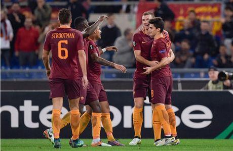 AS Roma dai thang, go chut the dien cho Serie A - Anh 7