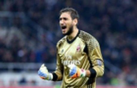 Juventus het gian, Lichtsteiner se duoc da Champions League - Anh 2