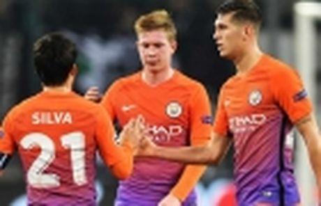Man City sang tan Ha Lan 'san' nguoi ke thua Aguero - Anh 3