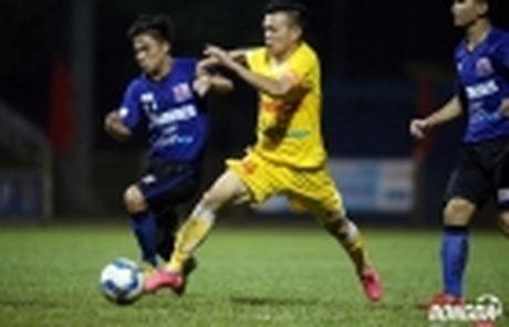 'Truyen nhan' Huynh Duc khoac ao Ha Noi T&T - Anh 5
