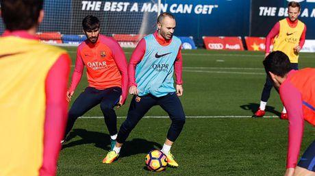 Luis Enrique nhan tin vui tu Iniesta - Anh 1