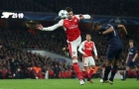 Mourinho duoc doi thu dua 'len may' - Anh 2
