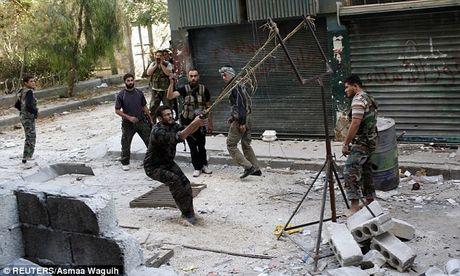Hoang hon phao than cong...tu hanh cua phien quan Syria - Anh 8