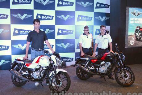 Xe moto con tay Bajaj V12 'chot gia' 17 trieu tai An Do - Anh 1