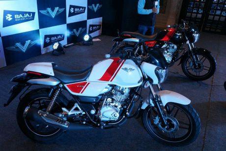 Xe moto con tay Bajaj V12 'chot gia' 17 trieu tai An Do - Anh 2
