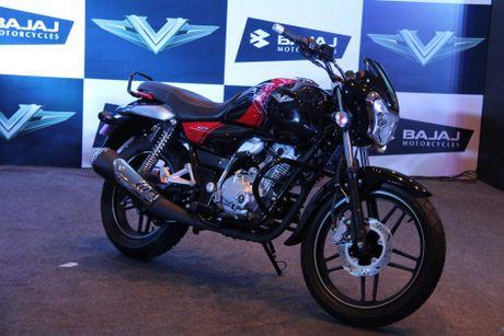 Xe moto con tay Bajaj V12 'chot gia' 17 trieu tai An Do - Anh 3