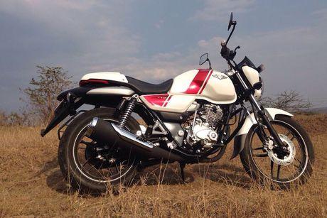 Xe moto con tay Bajaj V12 'chot gia' 17 trieu tai An Do - Anh 9