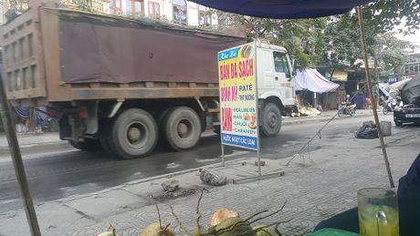 Quang Ninh kiem soat xe cho than sau khi dan goi duong day nong - Anh 4