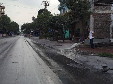 Quang Ninh kiem soat xe cho than sau khi dan goi duong day nong - Anh 8