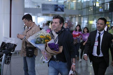 Thomas Anders cua Modern Talking duoc tang cuc hoa mi khi toi Viet Nam - Anh 4