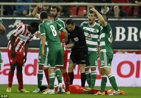 Lat lai tran derby thanh Athens - Ki 1 - Anh 2