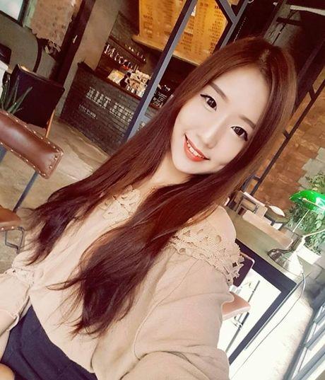 Co gai Han cover loat hit Vpop chuan nhu nguoi Viet - Anh 1