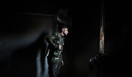 Syria: Quan chinh phu tan cong manh phien quan o Aleppo theo 2 huong - Anh 1