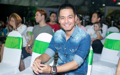Duc Tuan, Pham Huong, Phan Anh cuong nhiet nhay Flashmob voi khan gia - Anh 3