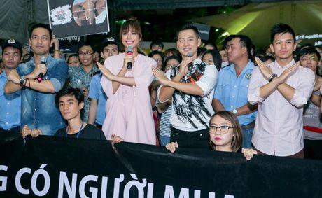 Duc Tuan, Pham Huong, Phan Anh cuong nhiet nhay Flashmob voi khan gia - Anh 6
