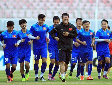 DTVN: Cong Phuong hoi hop truoc co hoi da chinh - Anh 7