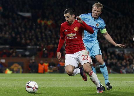 Rooney lap ky luc, Man Utd de bep Feyenoord - Anh 2