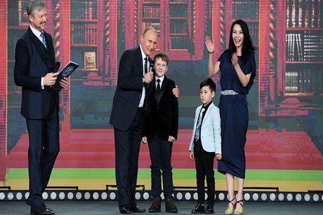 Tong thong Putin: 'Bien gioi Nga khong he ket thuc' - Anh 1
