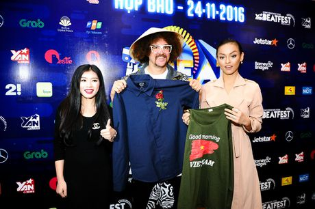 Redfoo - 'Ong Hoang Party Rock' thich thu khi den Viet Nam - Anh 10