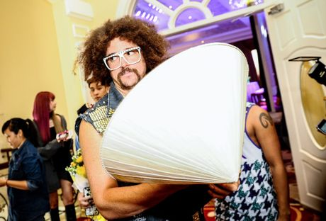 Redfoo - 'Ong Hoang Party Rock' thich thu khi den Viet Nam - Anh 12