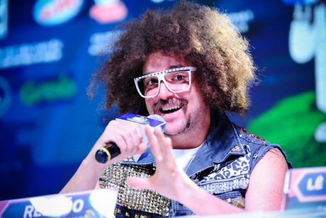 Redfoo - 'Ong Hoang Party Rock' thich thu khi den Viet Nam - Anh 3