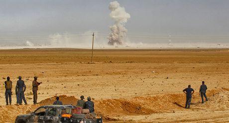Chien su them ac liet, Quan doi Iraq van tiep tuc giai phong Mosul - Anh 1