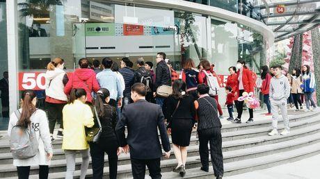 Black Friday: Nguoi Ha Noi do xo di mua hang giam gia - Anh 2