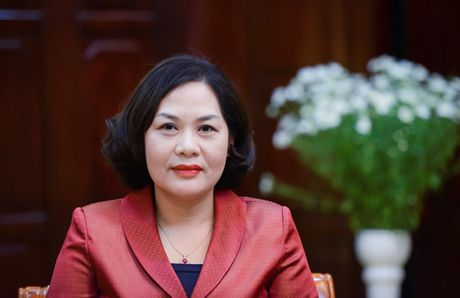 Pho Thong doc Nguyen Thi Hong: NHNN san sang ban ngoai te de on dinh thi truong ngoai hoi - Anh 1