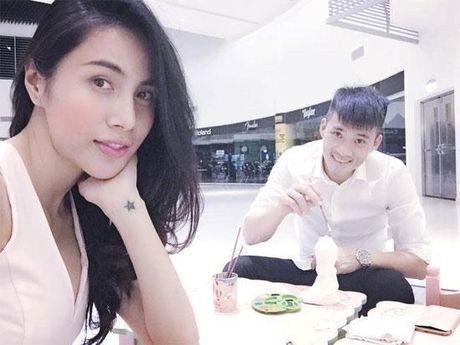 Thuy Tien 'het hon' vi kieu yeu duong 'sen sam' cua Cong Vinh - Anh 4