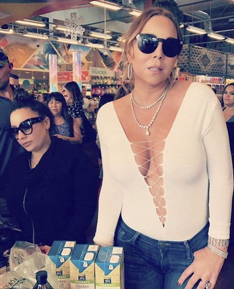 Mariah Carey mac ao xe sau nhuc mat di sieu thi mua do an - Anh 4