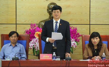Pho Chu tich UBND tinh: 'Doi ngu giam dinh vien tu phap van con rat han che' - Anh 4