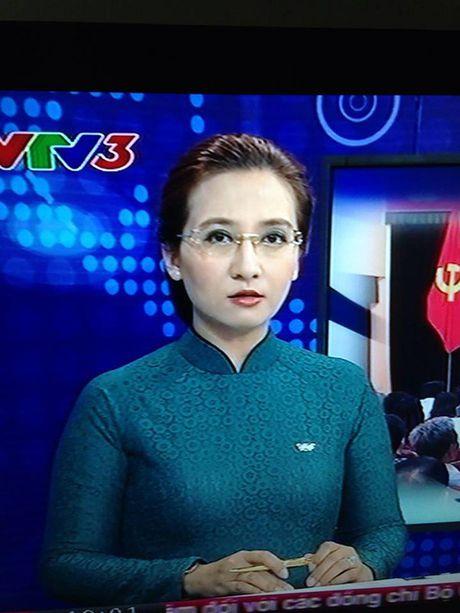 BTV Van Anh: 20 nam gan bo voi VTV va su chia tay day tiec nuoi - Anh 16