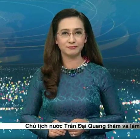 BTV Van Anh: 20 nam gan bo voi VTV va su chia tay day tiec nuoi - Anh 2