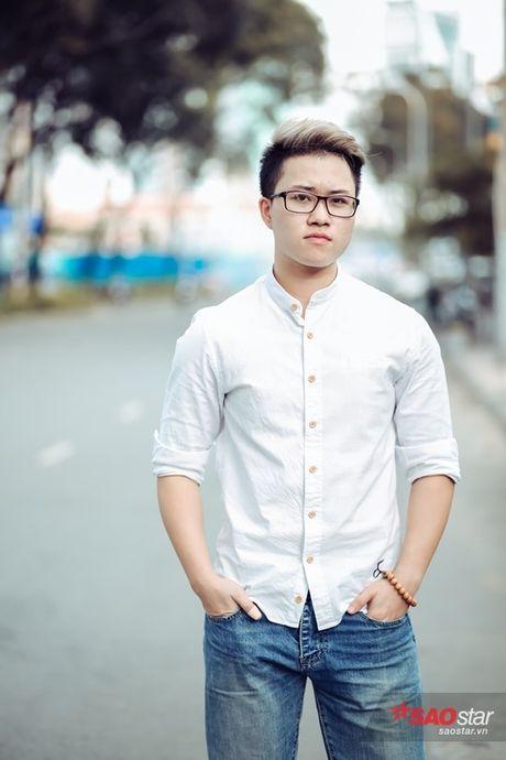 Gap Le Thien Hieu nhung ngay trong 'con bao' Ong ba anh: 'Neu me con song… co le toi van la Le Phuong Thao' - Anh 1
