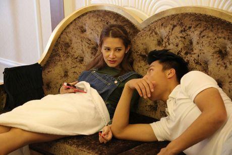 He lo anh Mac Hong Quan va 'ban gai tin don' tinh cam tren phim truong - Anh 2