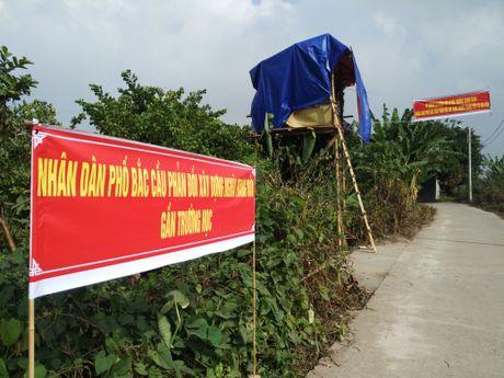 Ha Noi tam dung chuyen 2000 ngoi mo vao khu dan cu - Anh 2
