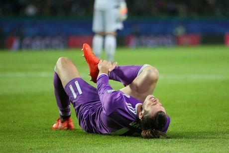Gareth Bale mang tin soc cho Real Madrid - Anh 1