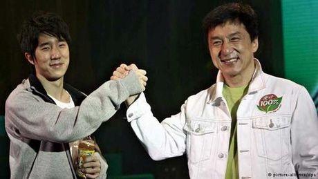 Thanh Long da chuyen tai san cho con trai nghien ma tuy - Anh 2