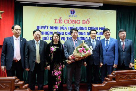 Trao quyet dinh bo nhiem Thu truong Bo Y te cho dong chi Truong Quoc Cuong - Anh 1