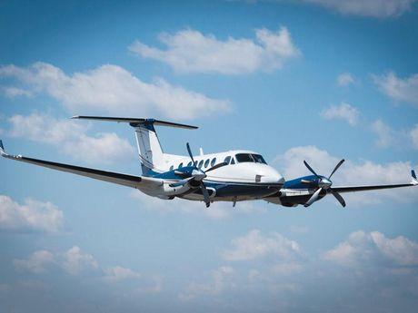 Globaltrans Air xin khat bay, co niu giay phep kinh doanh van chuyen hang khong - Anh 1