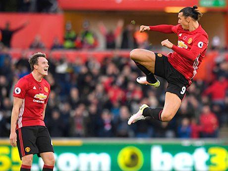 Man United 4-0 Feyenoord: Quy do dai thang, rong duong di tiep - Anh 2