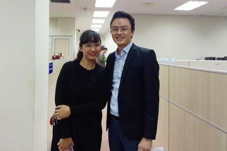 BTV Van Anh len tieng ve viec bat ngo chia tay chuong trinh Thoi su sau 20 nam gan bo - Anh 1