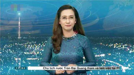 BTV Van Anh len tieng ve viec bat ngo chia tay chuong trinh Thoi su sau 20 nam gan bo - Anh 2