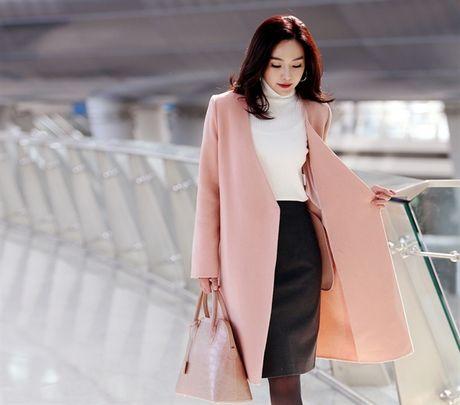 6 kieu mix chan vay len cuc chat cho nang cong so dau dong - Anh 13