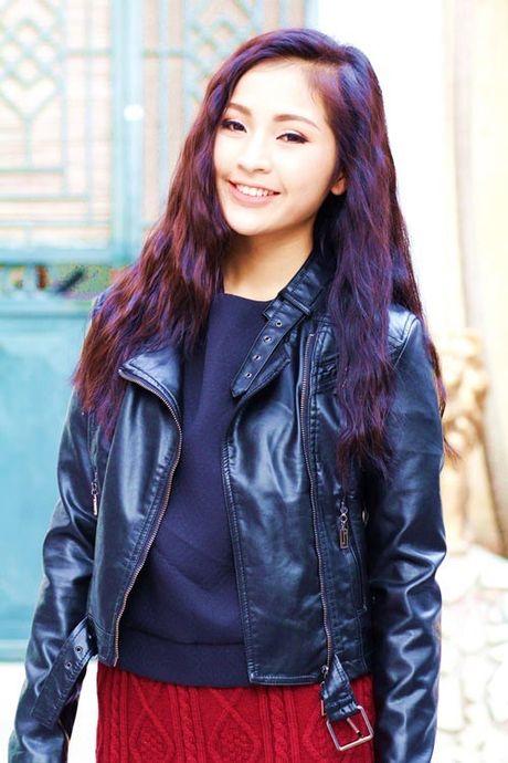6 kieu mix chan vay len cuc chat cho nang cong so dau dong - Anh 7